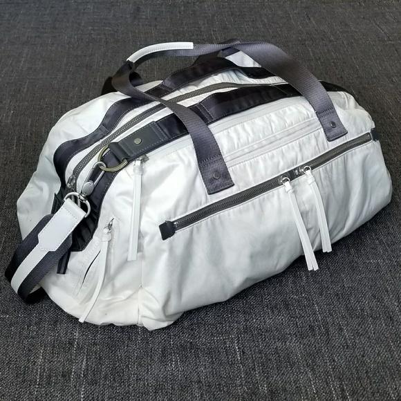 ef1d78e5298 lululemon athletica Handbags - Rare Lululemon Work It Out Duffle Bag